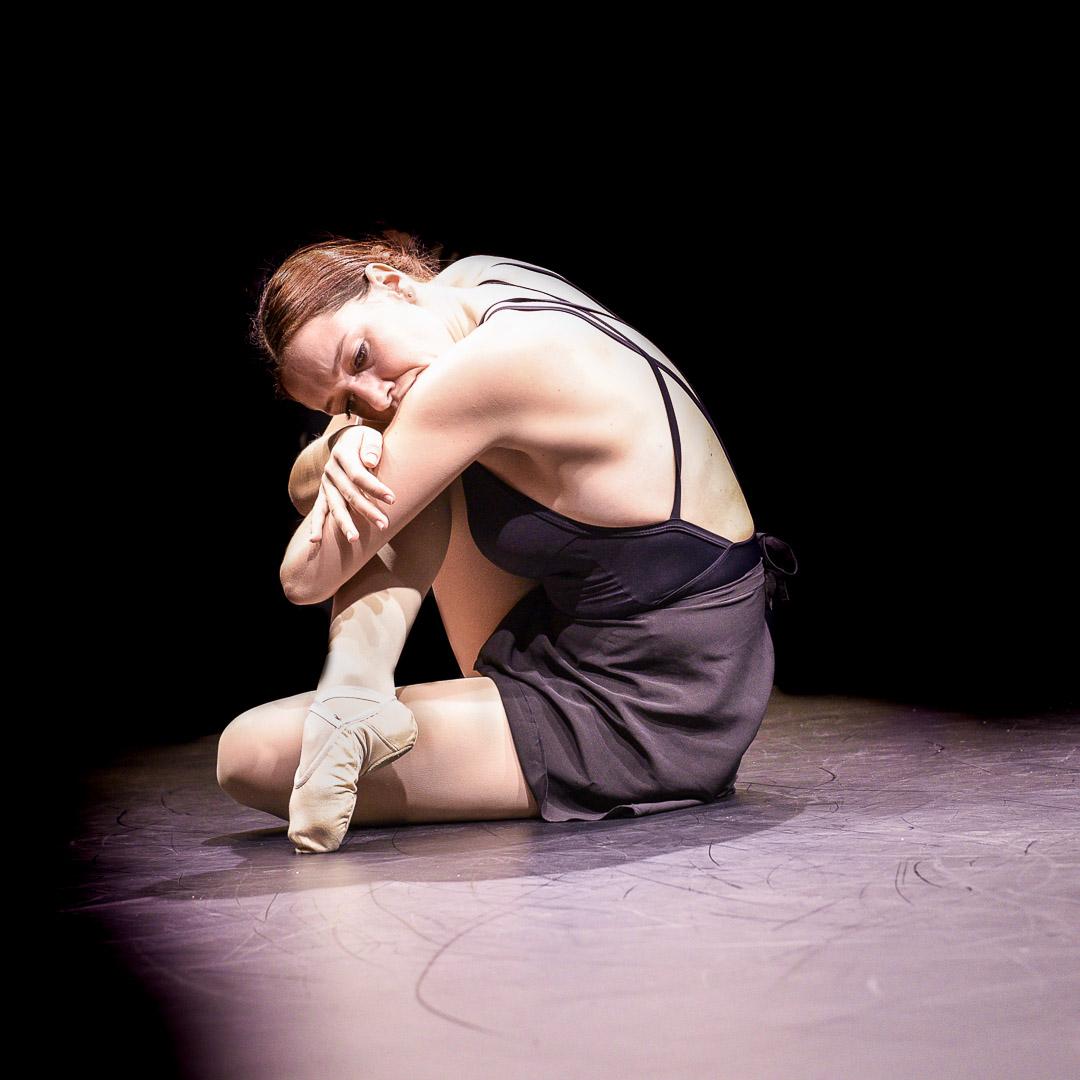 photo spectacle de danse : danseuse sur scène 2019
